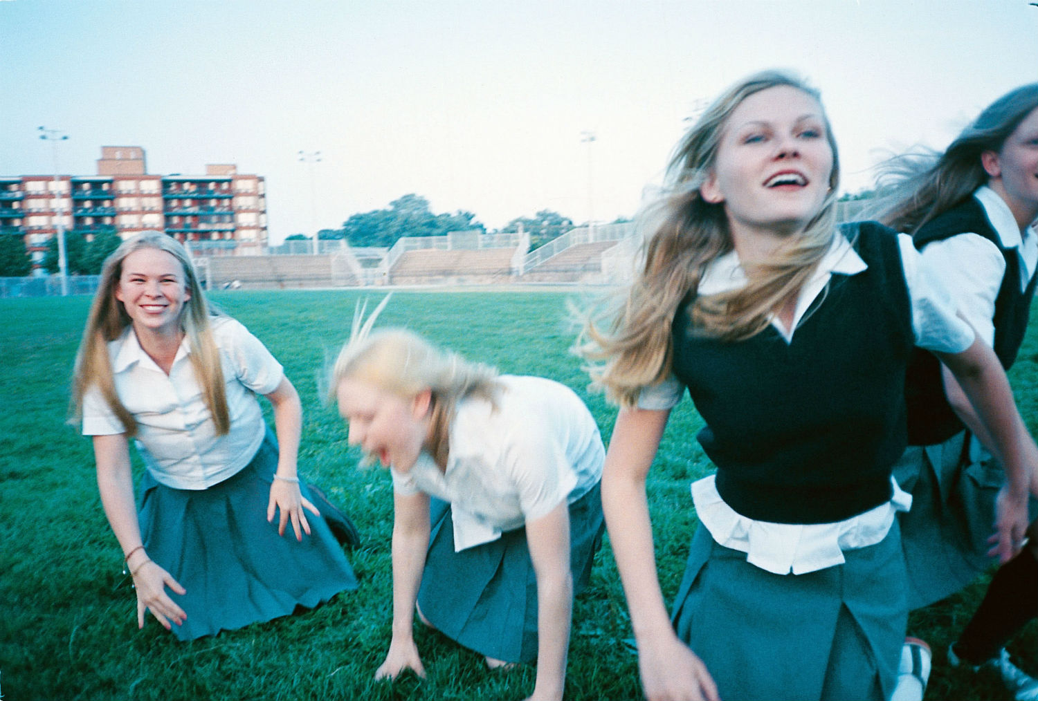 Still image from The Virgin Suicides