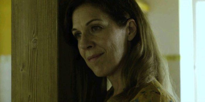 Mrs. Poucheau (Amanda Lago)